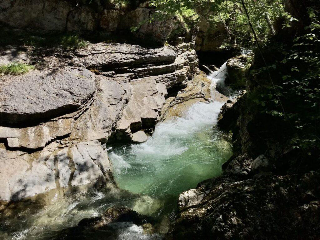 Wasserfälle Bayern - kühl ist es an den schattigen Kuhfluchtfällen