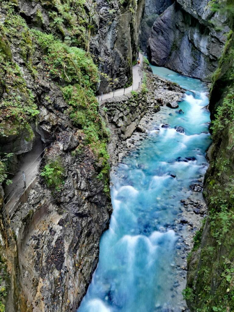 Wasserfälle Wanderung in Garmisch Partenkirchen - auf dem Weg zur Kaiserschmarrn Alm